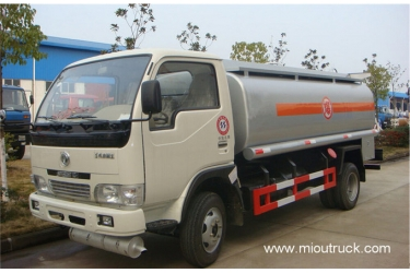Dongfeng 120 hp 4X2 oil tanker truck