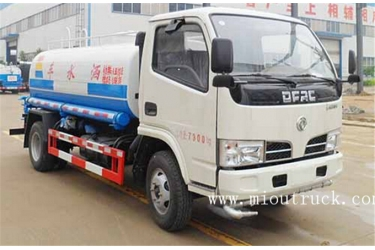 Dongfeng 5000L water sprinkling tank truck