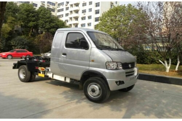 Dongfeng gasoline 4x2 mini tractor truck