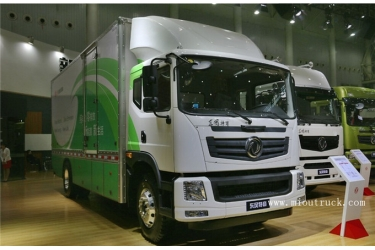 Dongfeng pure electric 165 hp 4X2 6.7M van truck
