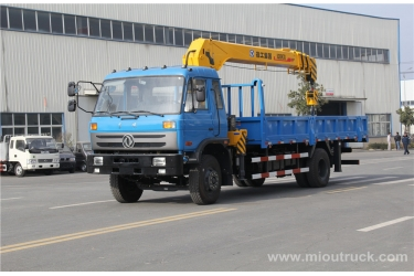 Dongfeng 4x2 Truck With Crane 4 ton small truck crane