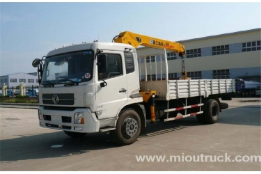 China supplier Dongfeng 4x2 truck mounted crane hydraulic truck crane china supplier