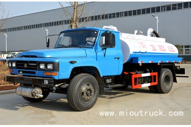 dongfeng CLQ5100GXE4 140 fecal suction truck,4*2 8CBM 5ton small fecal suction truck