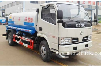 China Dongfeng 5000L water sprinkling tank truck factory