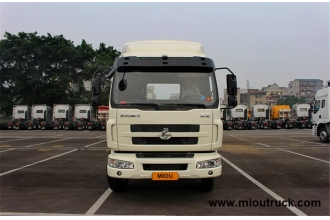 China Dongfeng Chenglong M3 tractor 190hp 4x2 truck factory