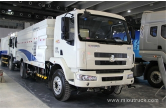 China New product china Dongfeng Chenglong 4*2 road sweeping truck factory