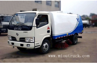 中国Small Dongfeng road sweeping truck 4*2  2t road sweeping truck工厂