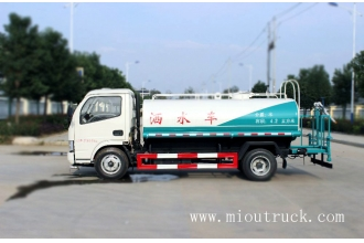 Tsina maliit na tubig tanker truck 5ton Dongfeng pagtutubig lorry 3.5CBM water tanker truck factory