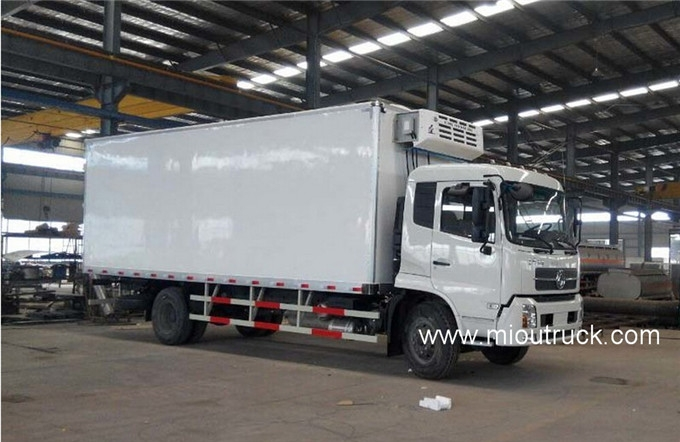 8c842ab0df Dongfeng 140 hp 4X2 mini refrigerator box truck for sale ...